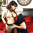 Cock Sharing Fun with Lisa Ann and Phoenix Marie - image control.gallery.php