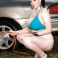 Auto Body Busty Hotty - image control.gallery.php