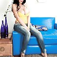 Killing Hot In Her Jeans - image control.gallery.php