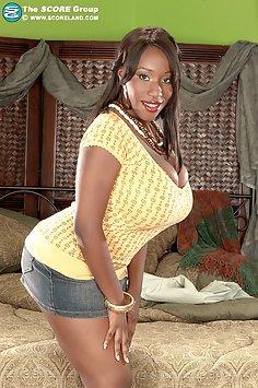 Mega Busty Janet Jade