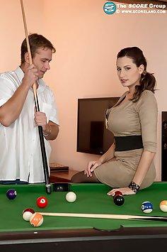 Sensual Jane Wants His Pool Cue