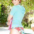 Flat and Puffy Jodi Taylor - image control.gallery.php