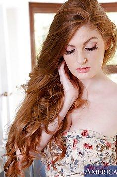 Hot Redhead Faye Reagan