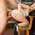 Latina Hotty Cheats With Bartender - image control.gallery.php
