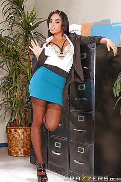 Latina Hotty Selena Sexy Office Fuck
