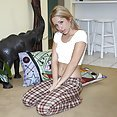 Miss Goldie Loves to Cum - image control.gallery.php