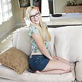 Samantha Rone Teases Her Pussy - image control.gallery.php
