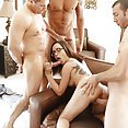 Roxanne Rae 4 Men And A Lady  - image control.gallery.php