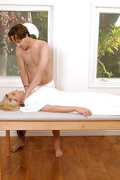 Sindy Lange Gets A Sexy Massage