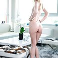 Bent Over Shaved and Sexy - image control.gallery.php