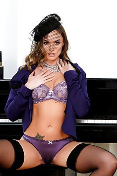 Tori Black Does It Her Way